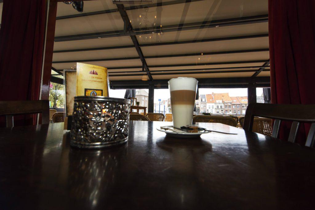 Café | Hote de Pauw
